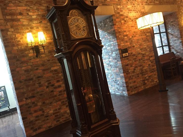 ラビスタ函館ベイのロビーの時計